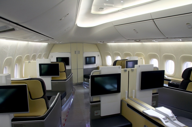 Screens in Lufthansa First Class B747-8 | Picture by Konstantin von Wedelstaedt