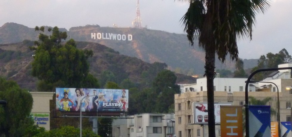"""Hollywood"" by Shinya Suzuki is licensed under CC BY 2.0"